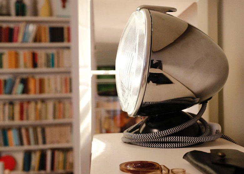 2CV Table lamp