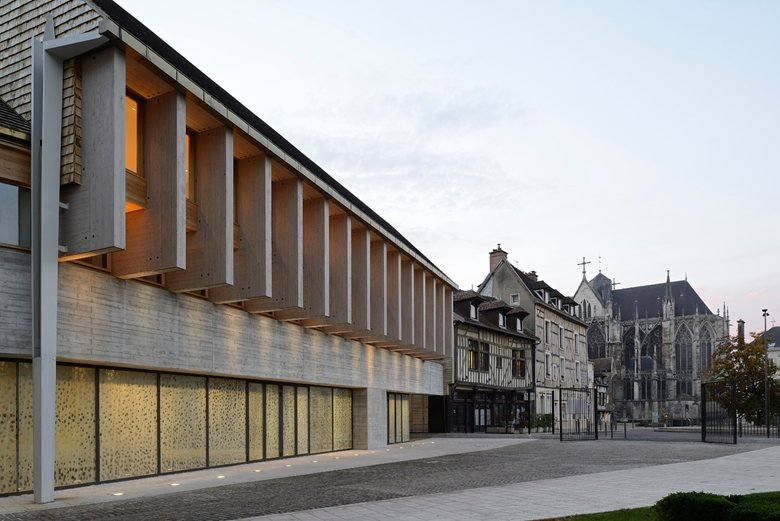 Congress centre in Troyes