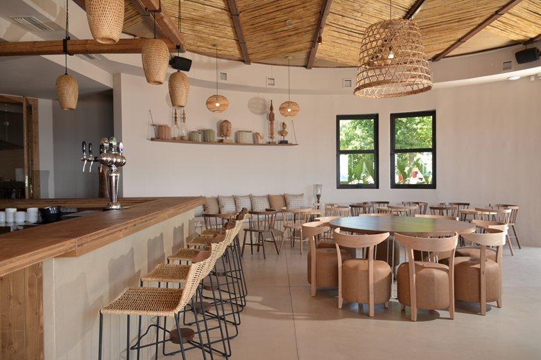 #Ammos Restaurant beach bar