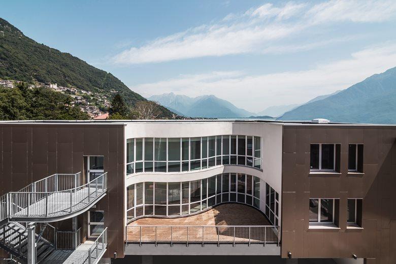 Ampliamento dell'edificio scolastico scuola secondaria di primo grado C. Linati (CO)