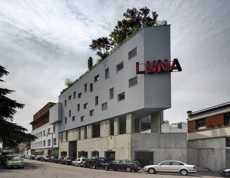 UNDAI - LUNA
