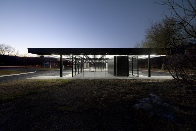 Reconversion de la station service de Mies van der Rohe