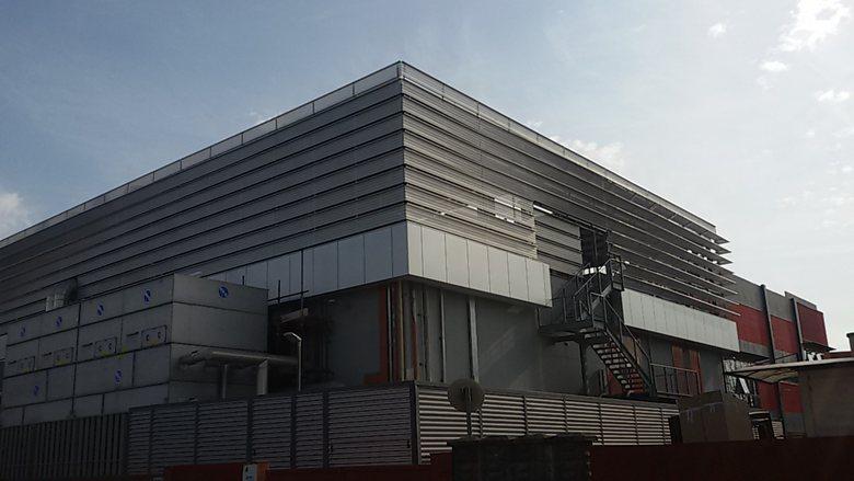 Ferrari Building Motori.