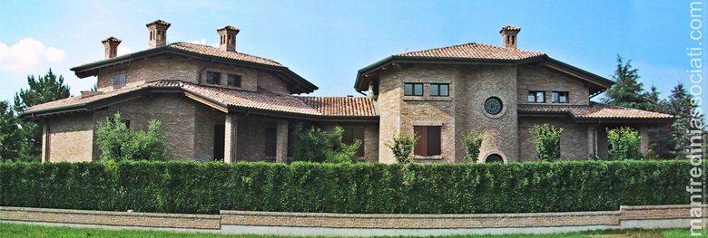 Villa privata in mattoni di recupero
