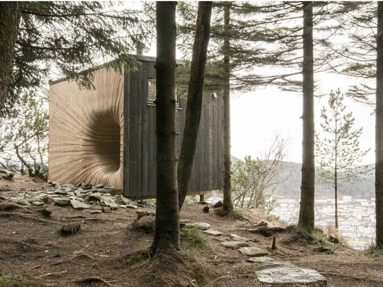 The Tuba Cube Mountain Hut