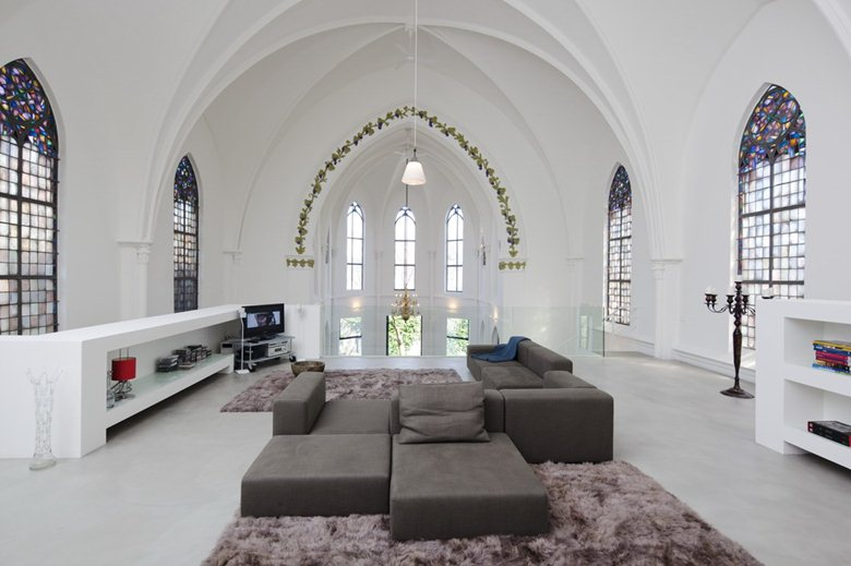 Residential church XL