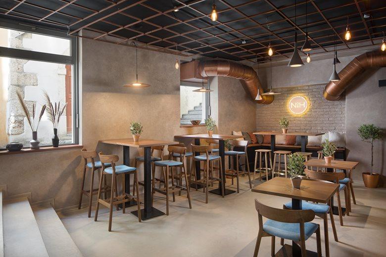 NOSH Cosmopolitan Food & Bar