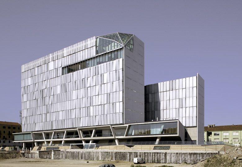 Mac 9 / Zurich Insurance Company Italian Headquarters