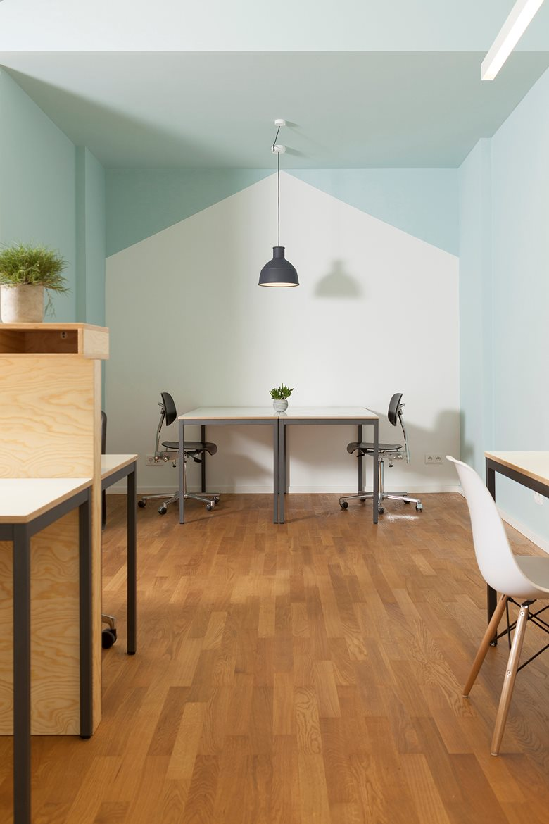 Easy Busy – family friendly co-working space