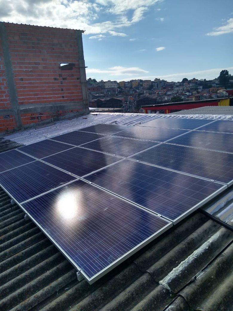 Sistema fotovoltaico - 4,69 kWp