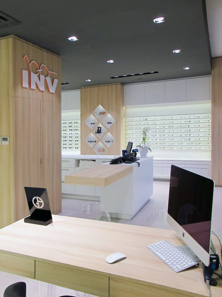 1253b0511f INV Occhiali INVista - Nuovo Moradei | Un-real Studio