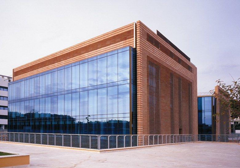 Edificio per uffici nuova sede microsoft eur roma for Uffici virtuali roma