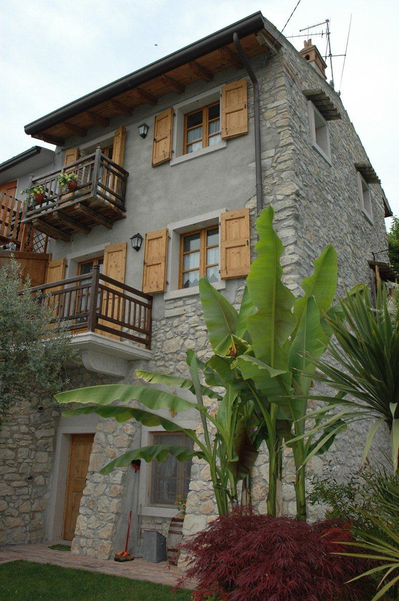 Restauro Rustico Lazise (Lago di Garda)