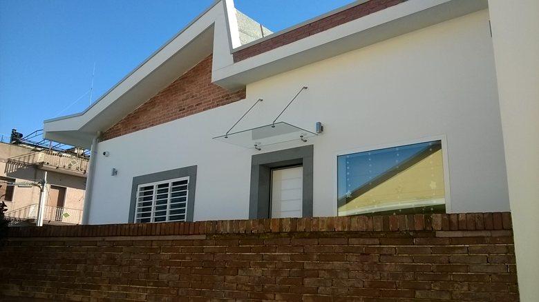 Ristrutturazione e ampliamento di villa privata