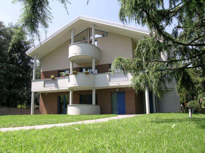 Casa bifamigliare