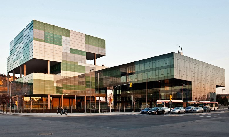 D28 Zona Franca Office Complex