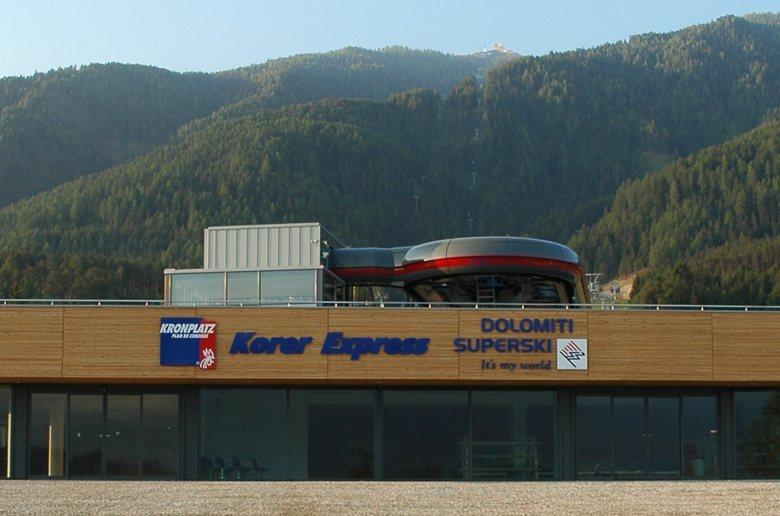 KRONPLATZ cable car _ Dolomiti Superski