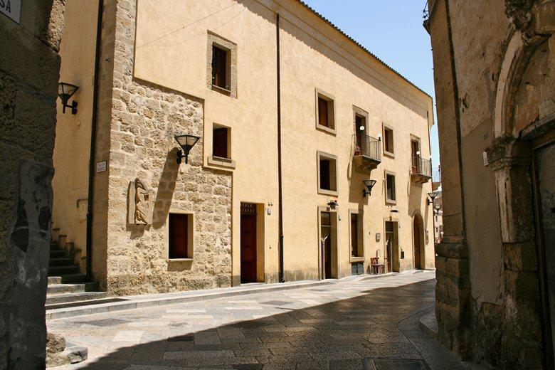 Riqualificazione del centro storico di Assoro