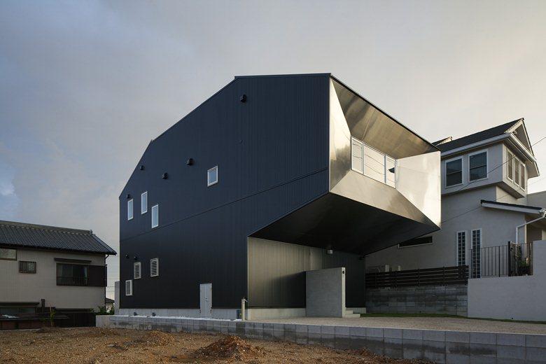 Hansha Reflection House
