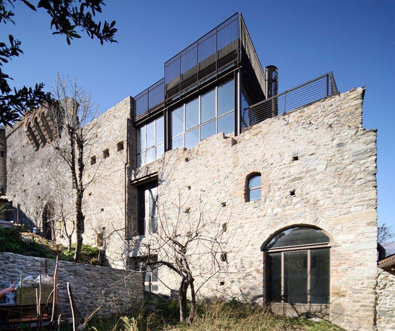 Restauro ruderi del Castello Abbaziale di Sant'Ambrogio di Torino