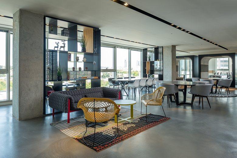 Regus business center | Sharon Finn