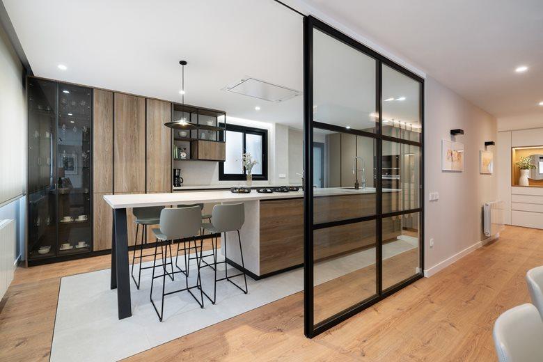 HOUSE - Casa Bachiller