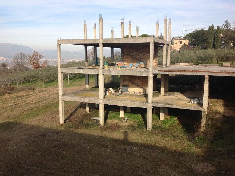 Ristrutturazione edilizia leggera a Montefalco (PG)