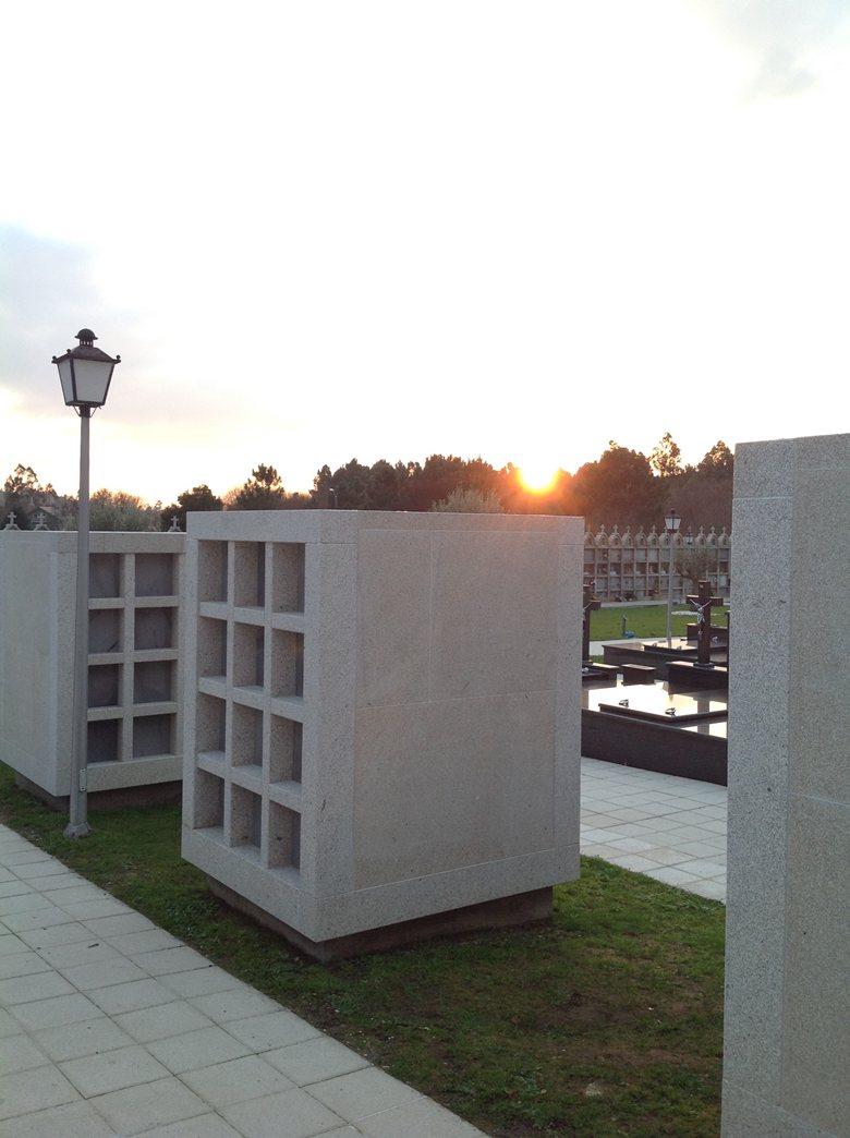 Columbarios en el Cementerio San Xoán de Calo
