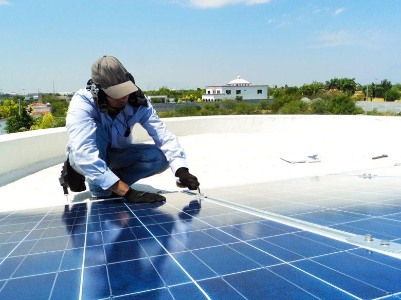 Sorveglianza per campi fotovoltaici