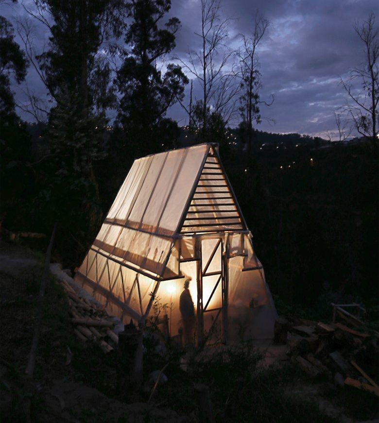 El Triangulo de las Verduras; Productive Community Greenhouse