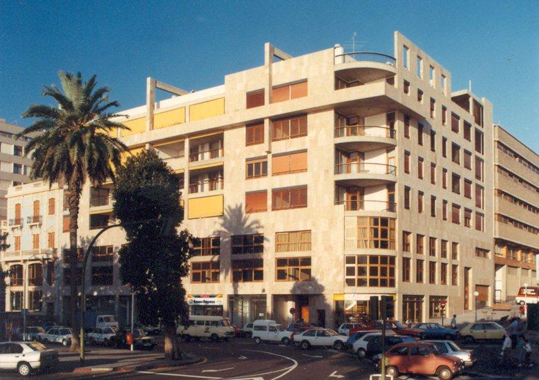Housing building Duque Santa Elena.