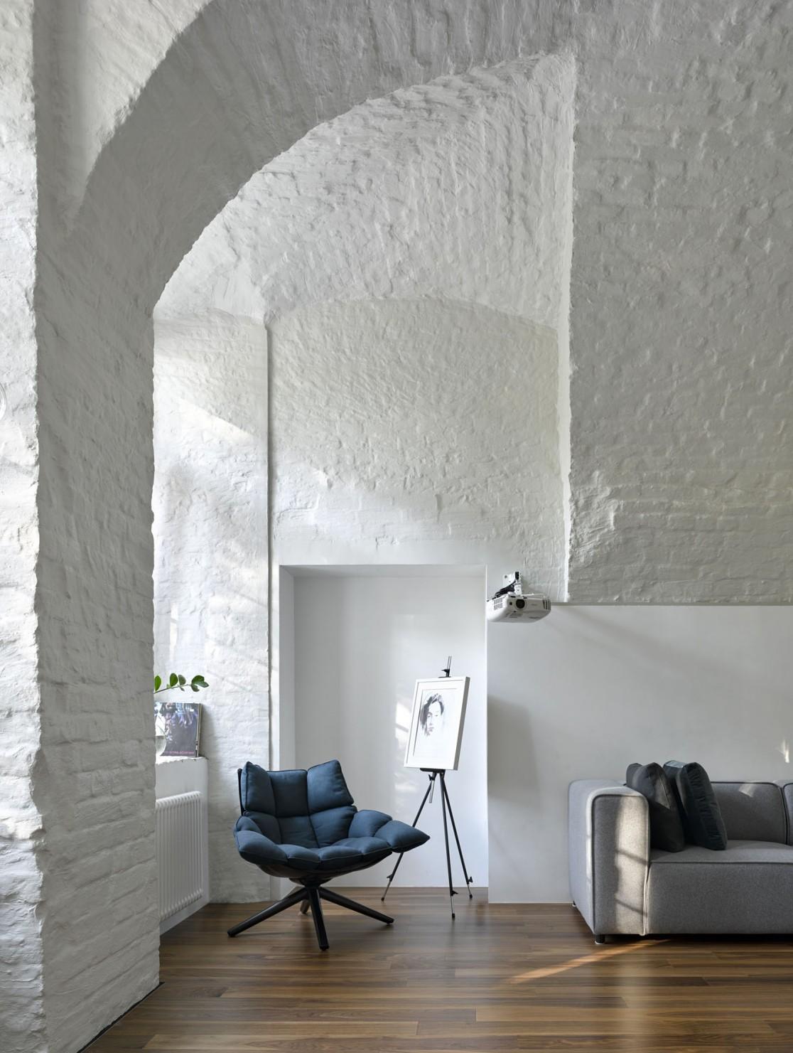 Apartment With Arches Za Bor Architects