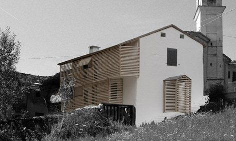 WOODEN SCREENS HOUSE