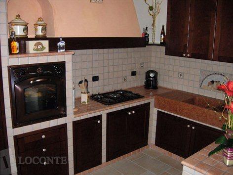 cucina muratura rustica | LOCONTE SOLUZIONI D\'ARREDO