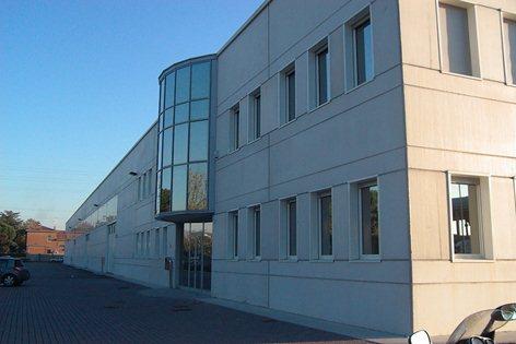 capannone industriale e palazzina uffici