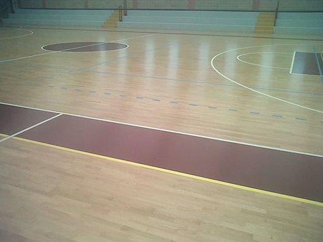 Pavimentazione sportiva in parquet per palazzetto dello sport