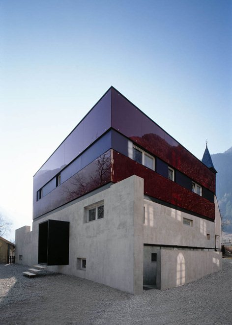 binding red