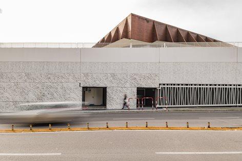 """Centro Commerciale """"Le Cotoniere"""""""