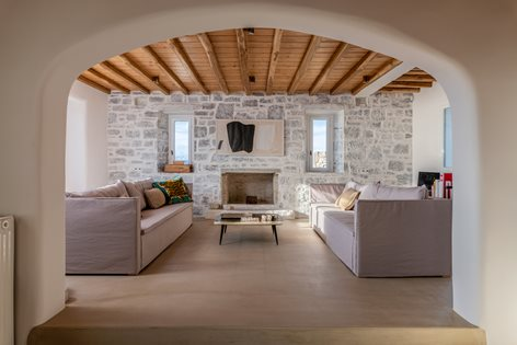 Castle View Villa | Mykonos Architects