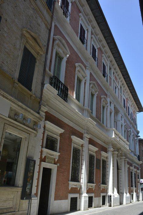 facade renovation - Palace Mazzolari Mosca