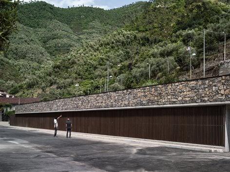 Parcheggio pubblico in località Premartin