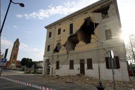 Perizie strutturali  e di vulnerabilità sismica post terremoto. Fabbricati civili ed industriali