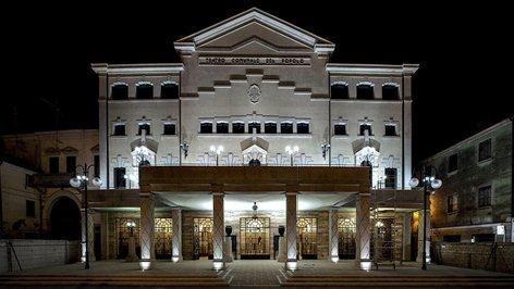 Restauro Teatro Comunale di Adria