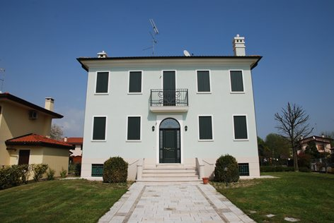 Palazzo Famiglia Varaschin