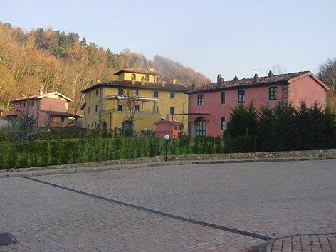 Borgo nel val d'Arno