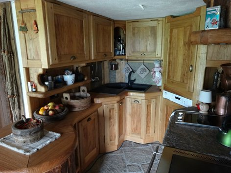 Cucina in castagno | massimo pellerej