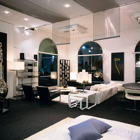 MILANO INTERNI FORNITURE SHOWROOM