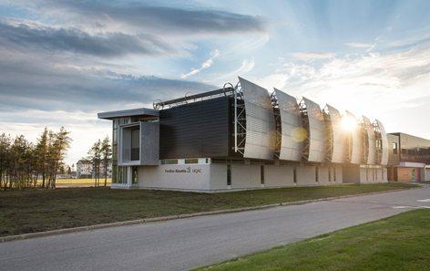 Alouette University Building UQAC