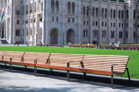 The complete makeover of Kossuth square near the Hungarian Parliament