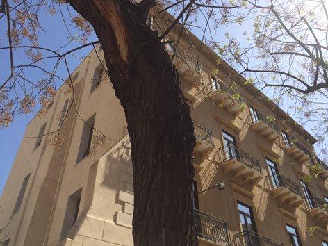 Intervento di riqualificazione edilizia a Piazza XIII Vittime